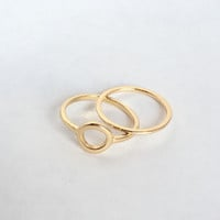 Oliss Ring Set In Gold