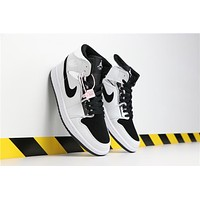 Air Jordan 1 Retro MID 554724-121