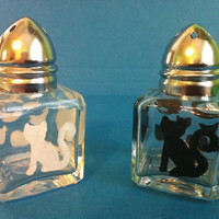 Black and white Kitty cat salt and pepper shakers by AnotherLove