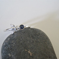 Sapphire bee ring, bee ring, silver bee ring, minimalist bee ring, bee jewelry, sapphire ring, silver ring, spring ring