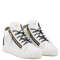 Giuseppe Zanotti Gz Kriss White Calfskin Leather Mid-top With Black Leather Insert