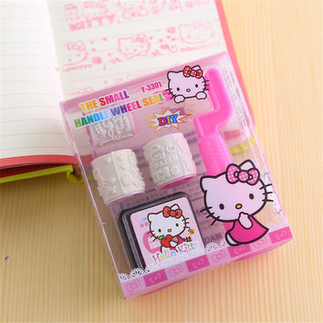 DIY Cute Kawaii Cartoon Hello Kitty Minions Plastic Roller Stamp With Ink Pad For Home Decoration Free Shipping 055