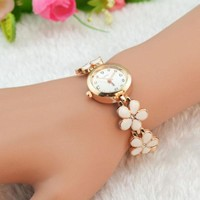 Fashion Women's Watch Daisies Flower Rose Gold Bracelet