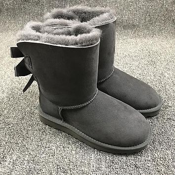 Ugg 1002954 Double Bow Ribbon Gray Classic II Sheepskin Boots Snow Boots