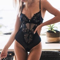2018 Summer Bodysuit Women Sexy Lace Hollow Out Playsuit Balck V Neck Straps Body For Ladies Sexy Rompers Womens Jumpsuit Hot