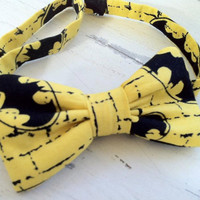 Batman Bow Tie by DaintyButton on Etsy