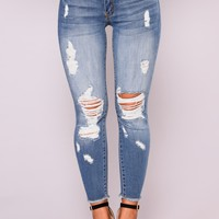 Zhana Ankle Jeans - Medium Blue Wash