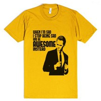 How I Met Your Mother: Awesome-Unisex Gold T-Shirt