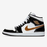 Air Jordan 1 Mid Black White Gold