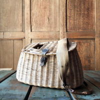 Vintage Fishing Creel, Fly Fishing Creel, Wicker and Leather, Split Willow Fishing Basket