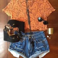 LACE TOP AND RIPPED JEAN SHORTS on The Hunt