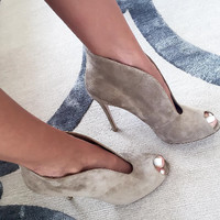 Kelis Gray Suede Leather Booties
