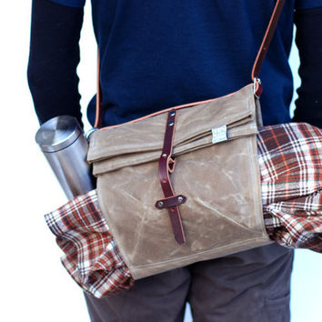 The Musette in Tan Waxed Canvas