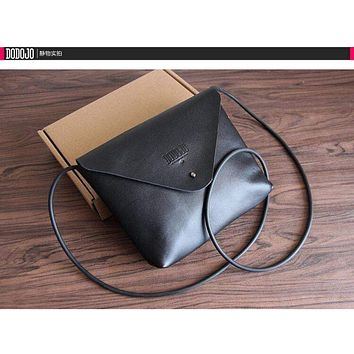 Retro vintage handmade leather shoulder crossbody bag