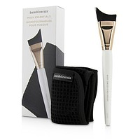 Mask Essentials - Smoothing Brush And Removal Cloth - 2pcs