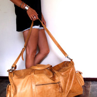 JOURNEY. Duffel bag / travel bag / leather luggage / leather duffel bag / leather duffle / large bag. Available in different leather colors.