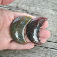 Crescent Moons, Dragon Vein agate pendant beads, polished and drilled, DIY jewelry supply, craft supply, moon pendant stones, your choice