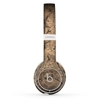 The Brown Aged Floral Pattern Skin Set for the Beats by Dre Solo 2 Wireless Headphones