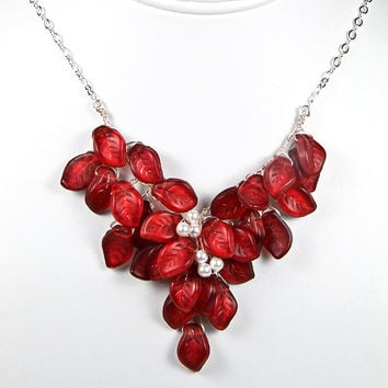 Red Beaded Necklace, Bridal Necklace, Wedding Jewelry, Nature Jewelry, Holiday Jewelry