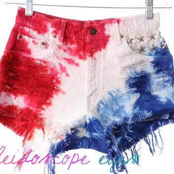 Vintage Levis 4TH OF JULY Studded American Flag Tie Dye Stars & Stripes Cut Off Shorts S M