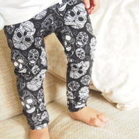 Baby Leggings , Monochrome Skull Leggings , Boys Leggings , Girls Leggings , Unisex Trousers , Baby Pants , Sugar Skull , Baby Clothes