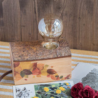 Wood lamp with leaves decor on sides