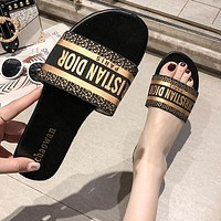 DIOR Summer Hot Sale Woman Leisure Sandals Slipper Shoes Black(Golden Letter)