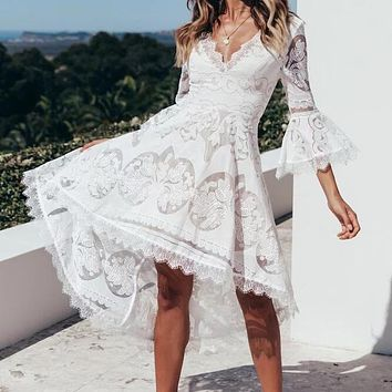 Women's sexy V-neck lace stitching flared sleeve dovetail lace dress