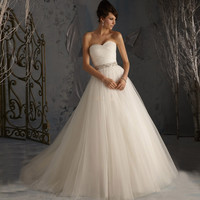 2016 Stock Princess Bridal Gowns A-line Soft Tulle Low Back Wedding Dresses With Beaded Sequin Lace-up Back