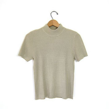 Vintage mock neck tee. short sleeve RIBBED shirt. Beige neutral knit shirt. CROPPED funnel collar t shirt. Preppy Minimal Top. Small