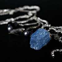Blue Quartz Necklace. Natural Quartz, Crackle Beading, Vintage crystal, Pendant / / Believer