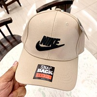 NIKE 2019 new hook three-dimensional embroidery couple baseball cap cap Khaki