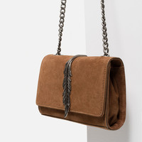 LEATHER CROSS BODY BAG WITH METAL DETAIL