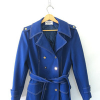 Vintage blue jacket w gold anchor buttons and wrap belt / women's Size 14