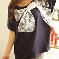 Casual Lace Bowknot Batwing Sleeve T-shirts