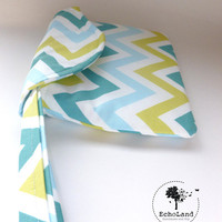 The Minimalist:  Wristlet in Spring Chevron from EchoLand Bags