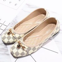 LV Louis Vuitton Trending Ladies Shoes White I