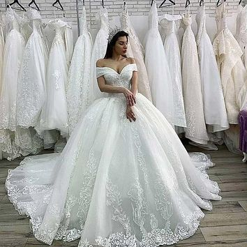 Princess Swanskirt Appliques Beaded Lace up Ball Gown