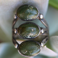 Early Navajo Turquoise Raindrop Ring