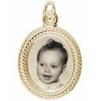 Rope Oval Charm in Yellow Gold Plated