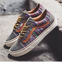 Guate Old Skool | Shop Mens Sidestripes at Vans