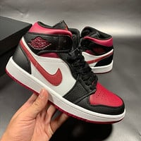 Air jordan 1 AJ 1 Men's shoes high-top sneakers female students breathable basketball shoes sneakers Red&White&Black