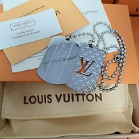 lv louis vuitton woman fashion accessories fine jewelry ring chain necklace earrings 83