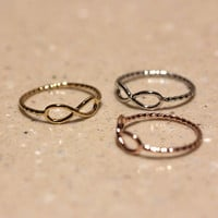 simple INFINITY with twisted band   girlsluv.it