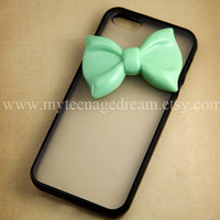 Iphone 5 Case, lovely mint green bow iphone 5 Hard Case iPhone Case 5 black side clear case