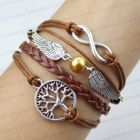Infinite golden snitch and wishes tree pearl bracelet - the best Christmas present