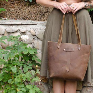 Distressed Leather Tote in Brown