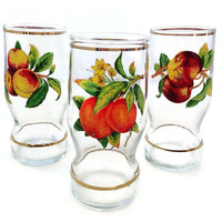 Vintage Juice Glasses, Fruit Decals, Set of Three, Peaches and Plums, Retro Kitchen, Home Decor, Gold Bands, Farmhouse Decor