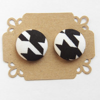 Button Earrings - Fabric Button Stud Earrings - Black and White Houndstooth - Hypoallergenic Earrings - Stud earrings