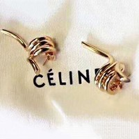 Celine 2018 new versatile simple rotating finger shape earrings